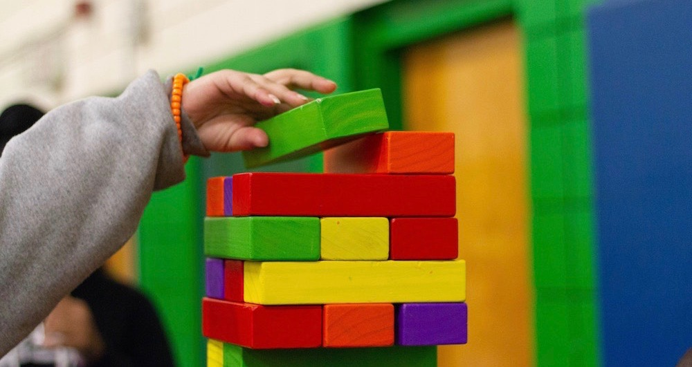Brinquedos de madeira para crianças: Sim ou Não?